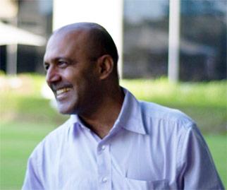 תמונה של אחד השותפים הבינלאומיים בהודו של המשרד של הראל פלג עורך דין חוזים והסכמים